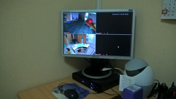 Установка видеонаблюдения в медицинском центре